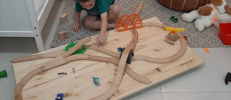 שולחן רכבת DIY